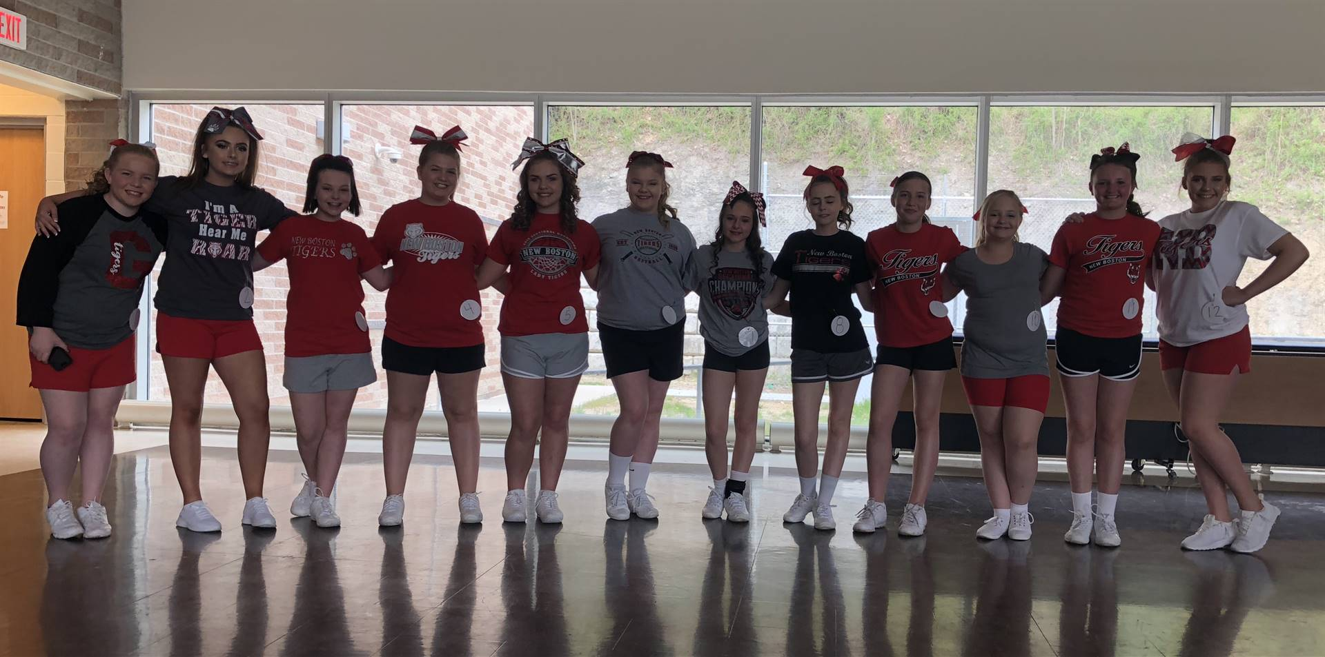 Jr. High School Cheerleaders (2018-2019)